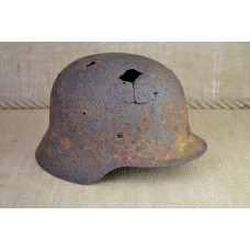 Battle damaged helmet M40 size 66