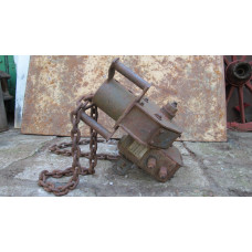 8.8 flak Sd. Ah 202 assembly chain winch